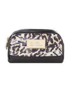 Guess Weekend leopard cosmetig bag