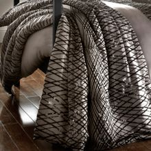 Kylie Minogue Esta truffle throw