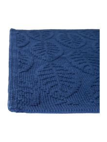 Dickins & Jones Maple leaf jacquard bath mat, Indigo