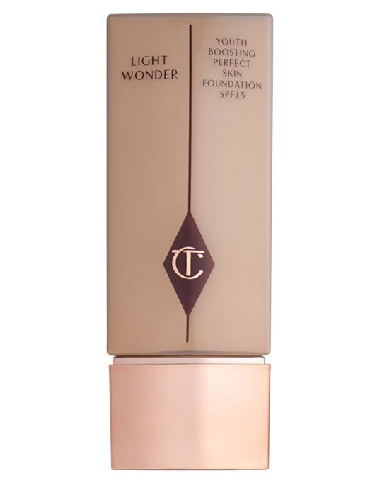 Charlotte Tilbury Light Wonder Liquid Foundation