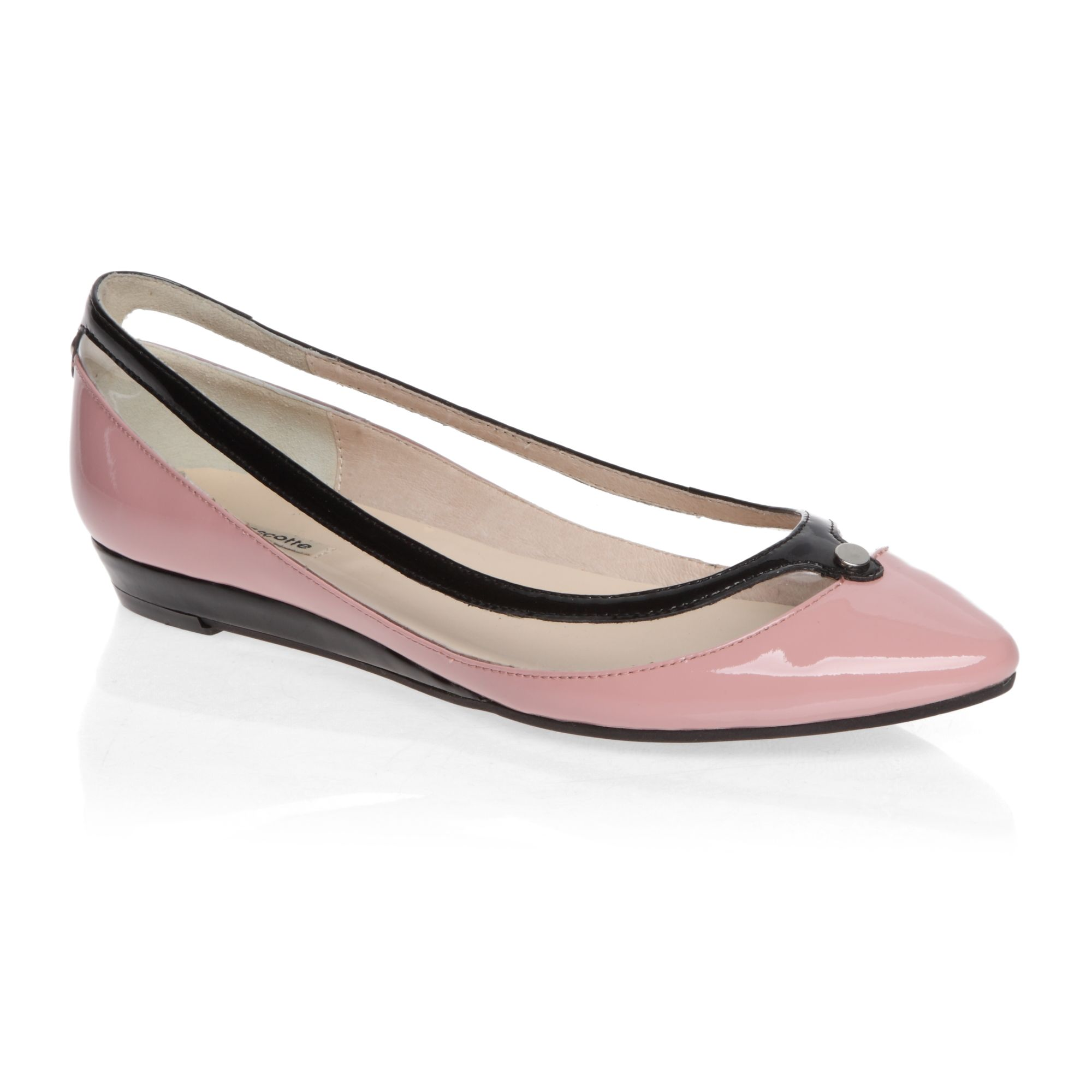 Pointed toe ballerina shoes