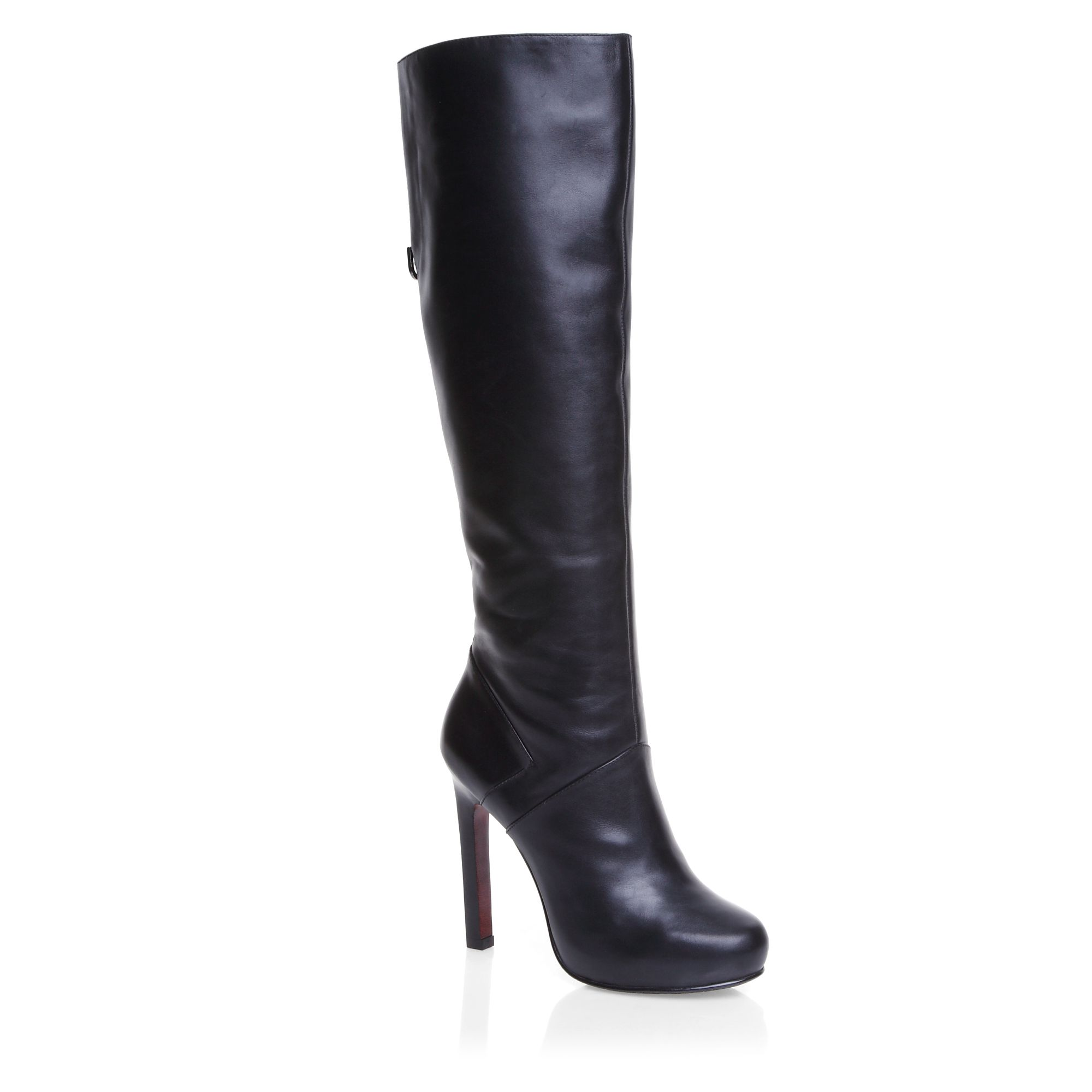 High heeled high leg elegant boots