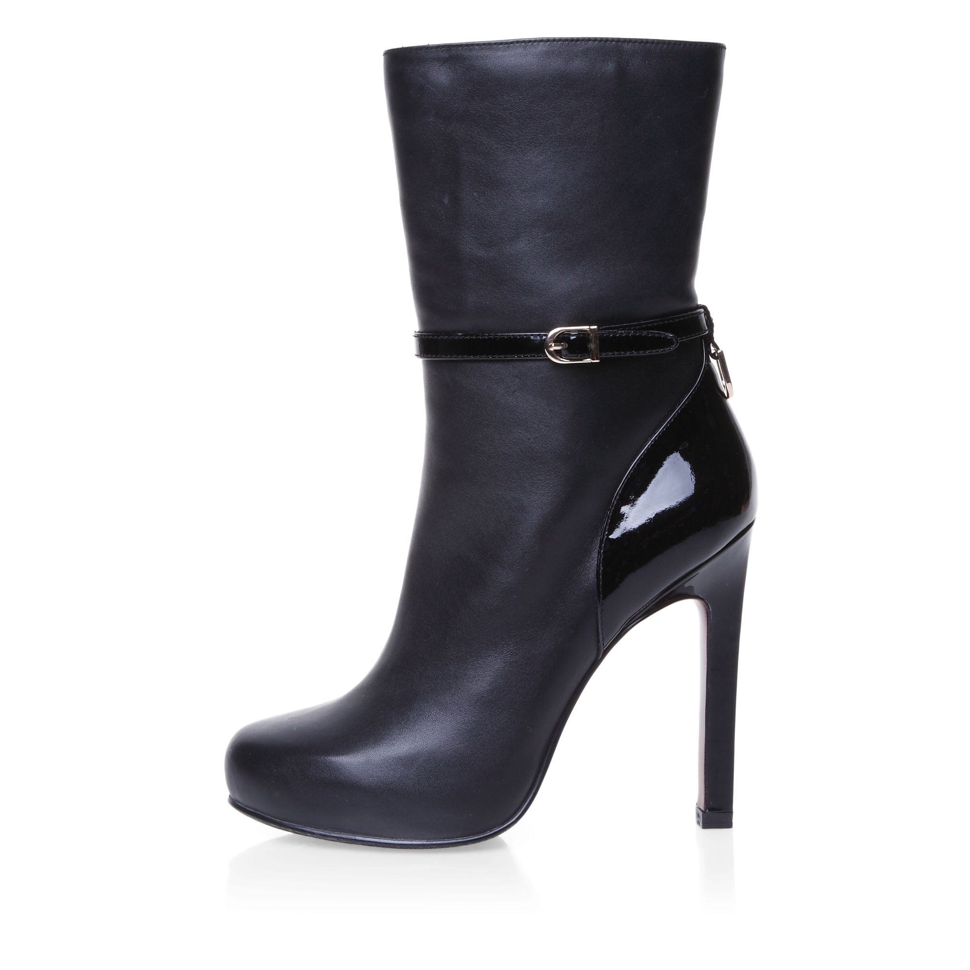 High heeled elegant buckle detailed boots