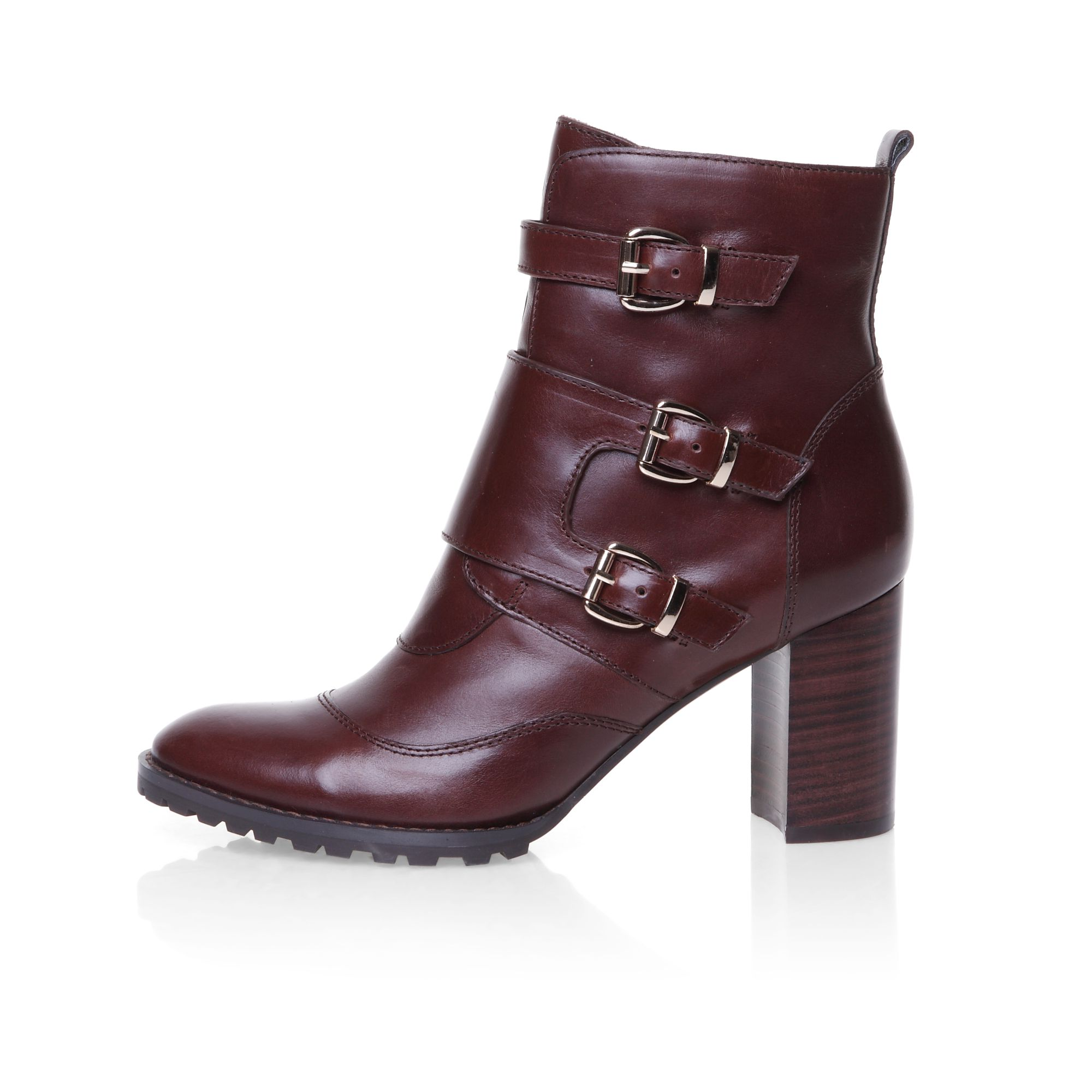 Buckle detail cleated sole ankle boot