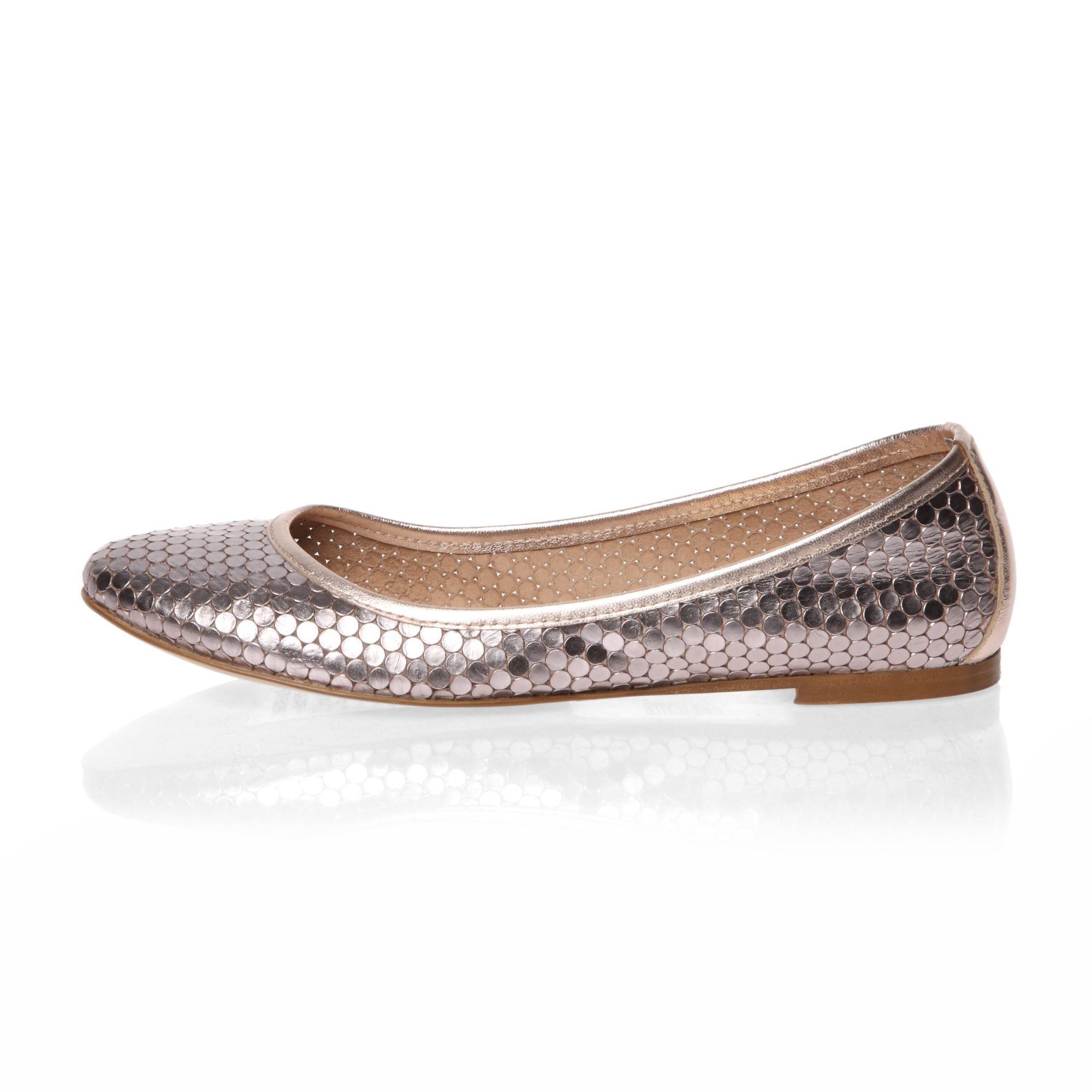 Embossed printed leather ballerina shoes