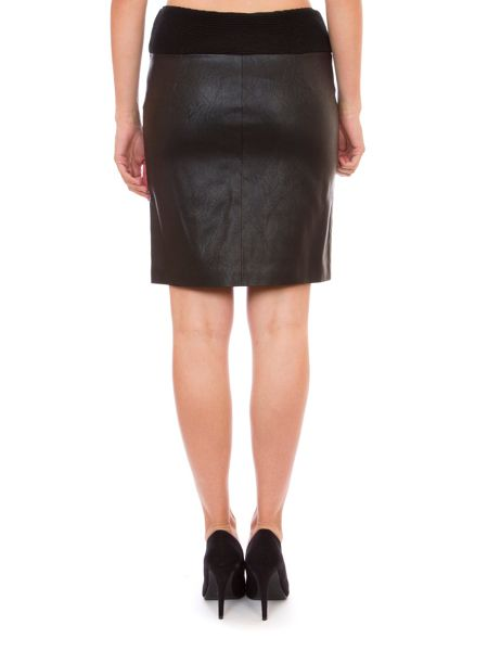 Relish Tube Skirt With Zipped Front