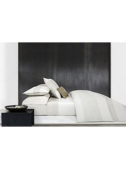 Pale Mesh Duvet Cover