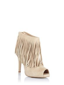 Open-toed boots with fringed detail