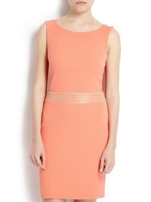 Dress with waist and back detailing
