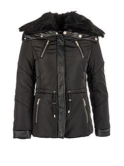 Furry-collar quilted jacket