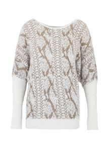 Shaggy sweater with snakeskin pattern