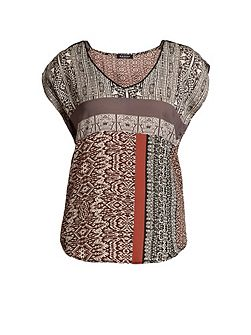 Multi-Coloured Designer Pattern T-Shirt