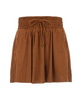 Short suede-effect skirt