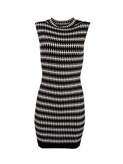Patterned sleeveless knitted shift dress
