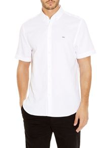 Classic fit short-sleeve shirt