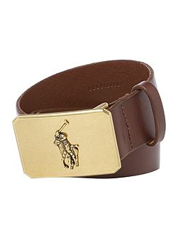 Belt with polo plaque
