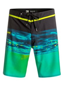 Quiksilver Hold Down Vee 19 Boardshort