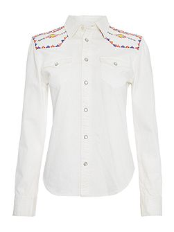 Embroidered shoulder shirt