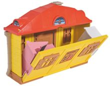 Masha and The Bear Masha`s House Playset