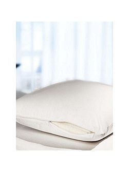 Dust mite barrier pillowcase