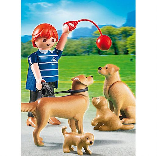 Playmobil Golden Retriever with Puppies