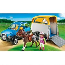 5223 SUV with Horse Trailer