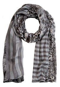Long scarf with animal and knit print