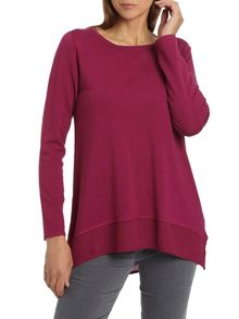 Long line round neck jumper