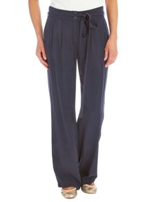 Relaxed trousers with high waistband