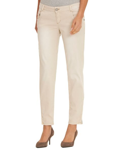 Betty & Co. Textured Jeans With Zip Hem