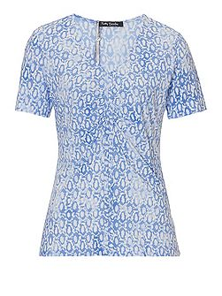 Short sleeved printed top