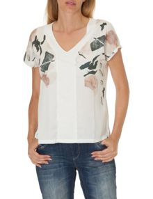 Betty & Co. Short sleeved printed top