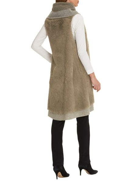 Betty Barclay Faux fur gilet