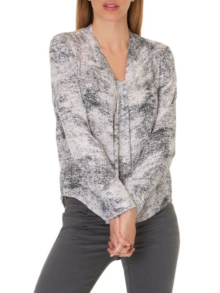 Betty & Co. Long sleeved marble print blouse