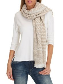 Betty & Co. Long zig zag scarf