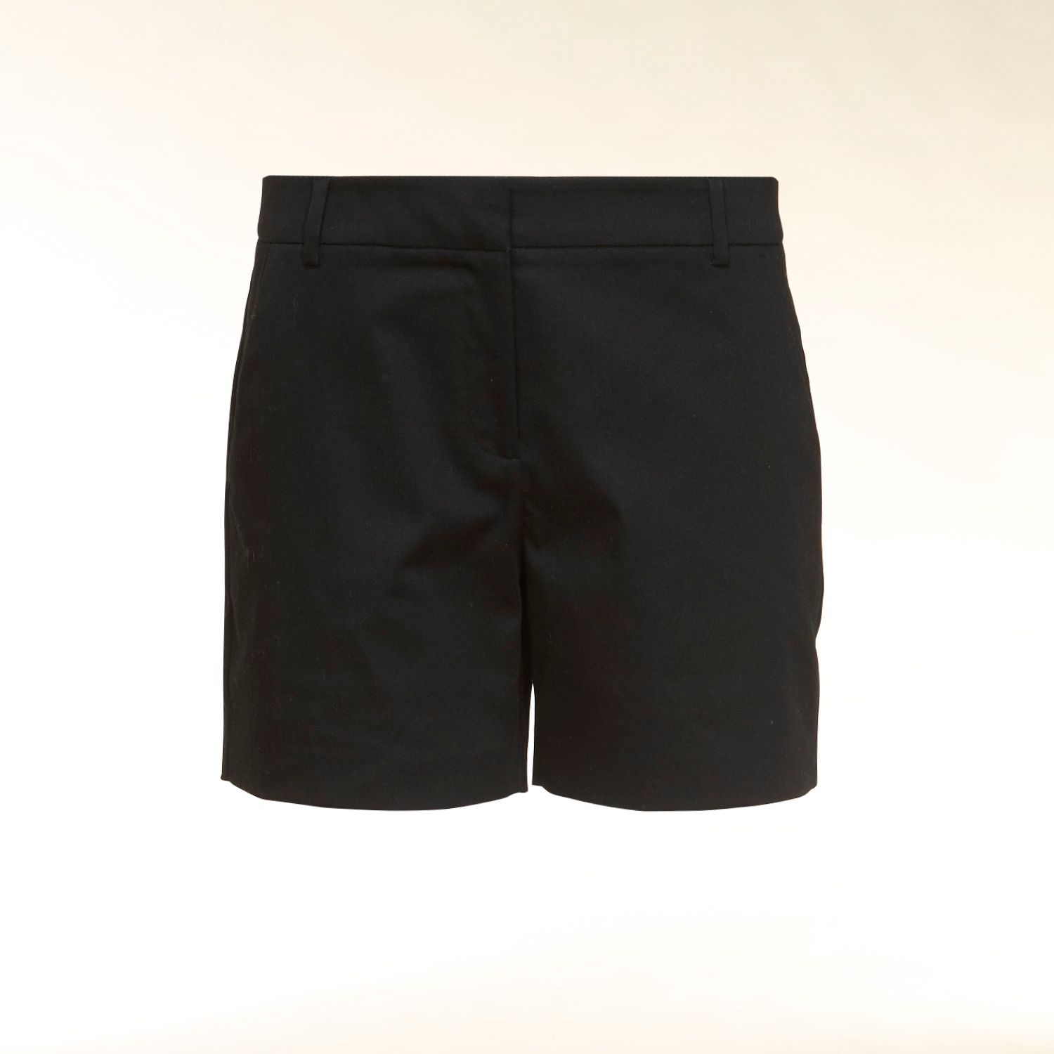Pocket detail shorts