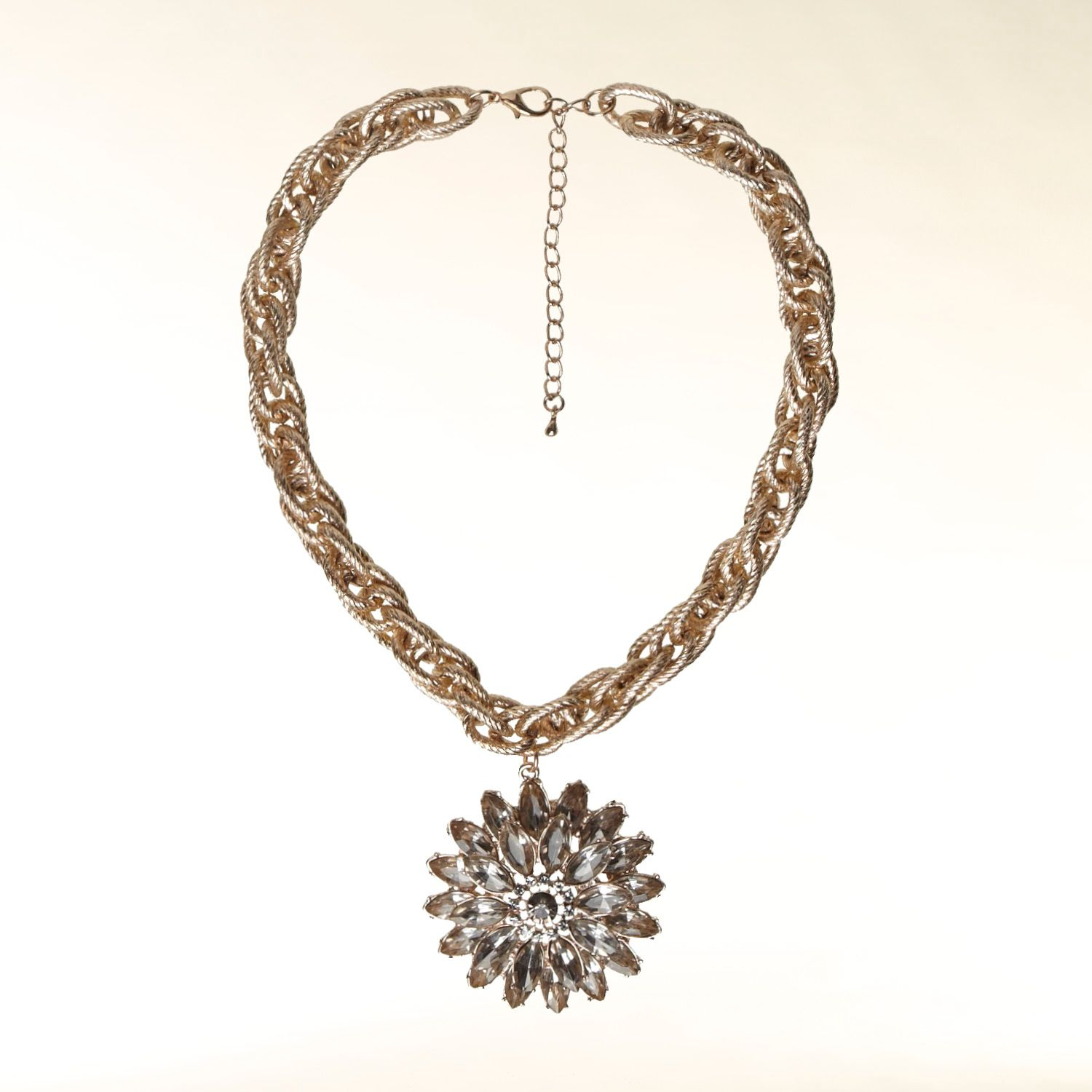 Collar necklace with rhinestone flower