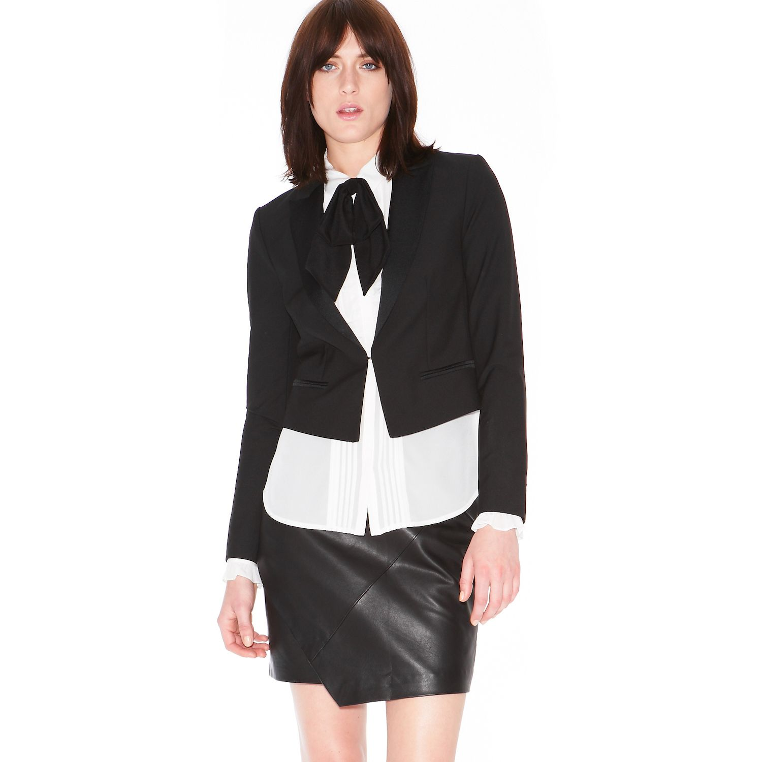 Crop blazer with satin lapels