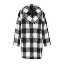 Egg-shaped coat with gingham check