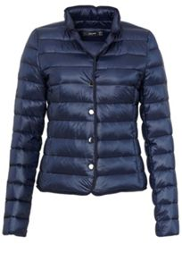 Down jacket with vertical quilting