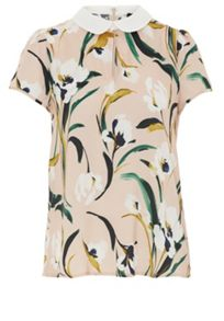 Floral print blouse with rounded collar