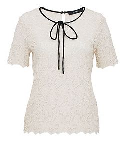 Lace top with self-tie ribbons