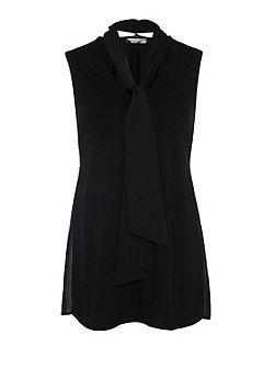 Sleeveless tie blouse