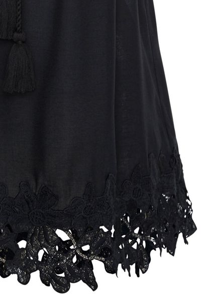 Hallhuber Top with embroidered hemline