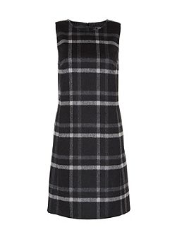 Flannel dress with check pattern