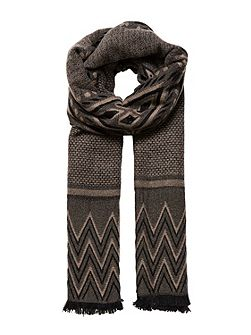 Jacquard scarf with pattern mix