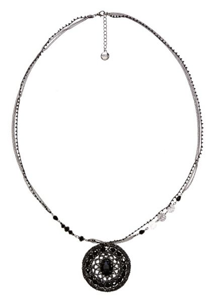 Hallhuber Long locket necklace