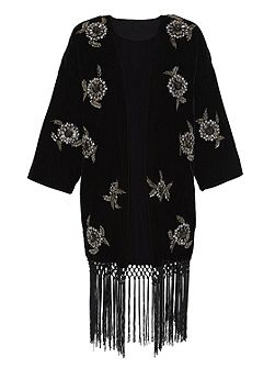 Embroidered kimono jacket made of velvet