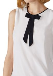 Hallhuber Silk top with colour block bow