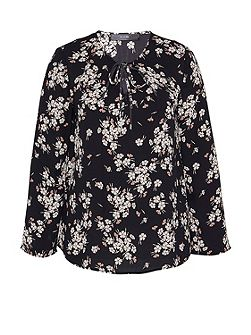 Swinging Blouse With Floral Print